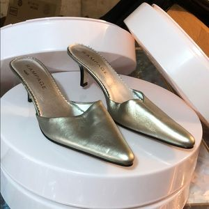 Silver Rampage Ladies Shoes Size 8.5 M